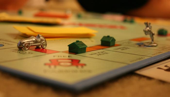 monopoly700