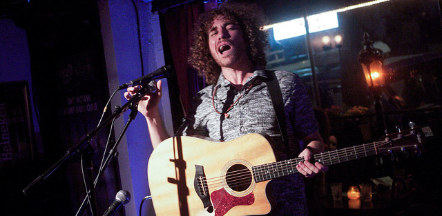 8 Reasons Why Singer Songwriter Shows Are Boring