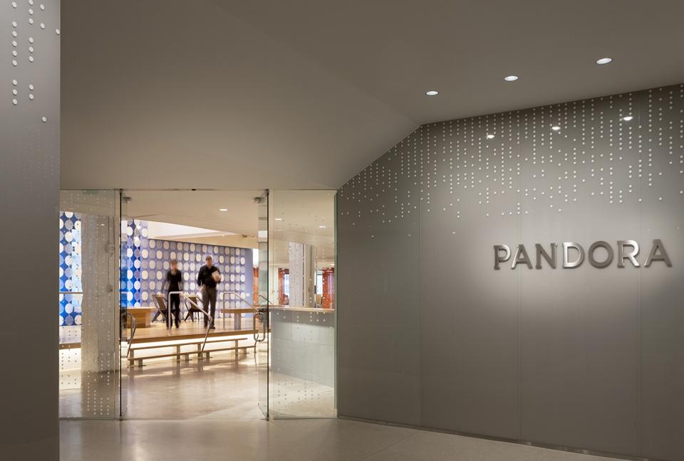 Pandora Offices, New York