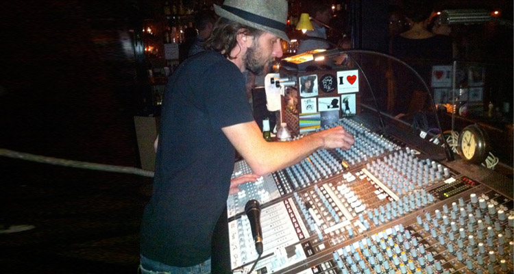 7 Things That Piss Off Sound Engineers The Most (From A Hollywood