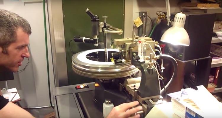 Vinyl Records Manufacturing