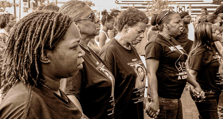 """Judge Allows """"We Shall Overcome"""" Lawsuit to Move Forward"""