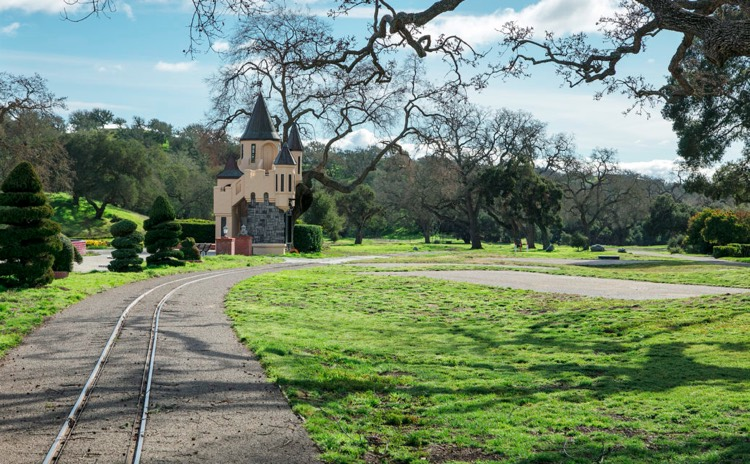 Michael Jackson S Disgraced Neverland Ranch Is