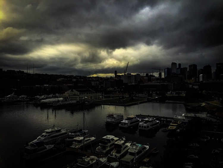 Picture of a dark Seattle. Is Grunge cursed?