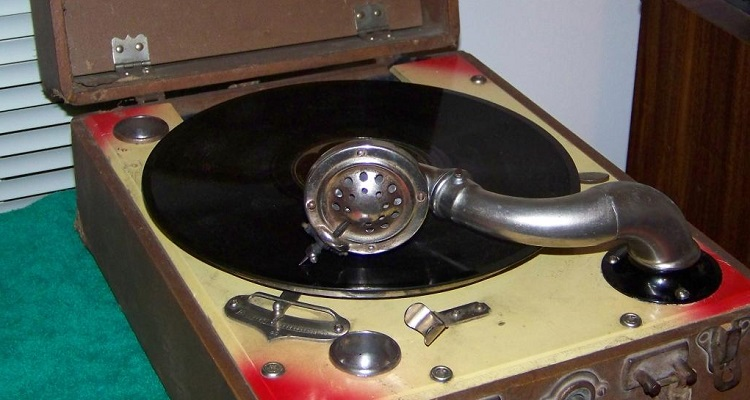 30000 Dusty 78rpm Vinyl Records Are Now In A Digital Archive