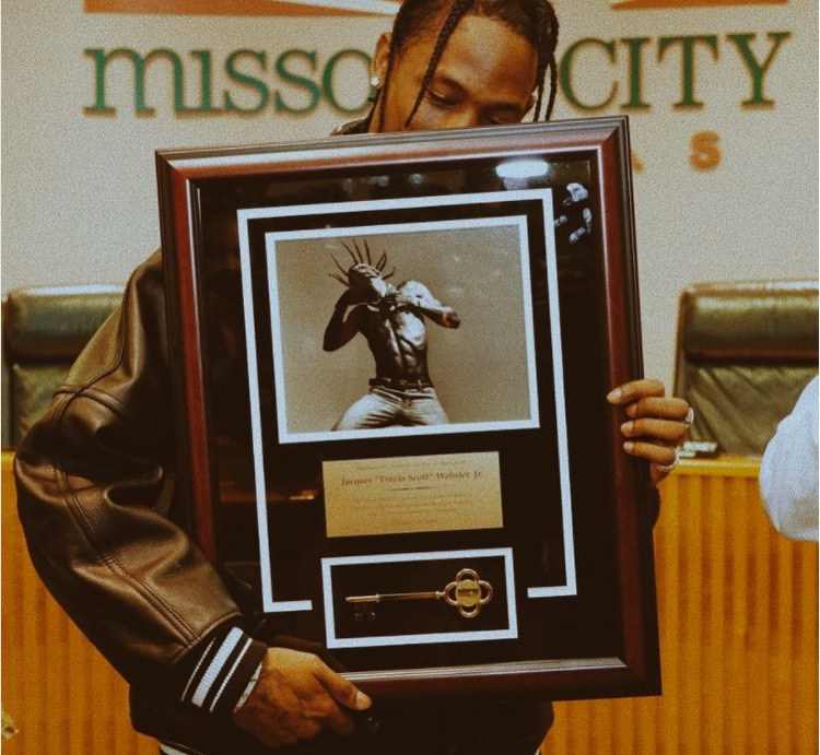 Travis Scott Is Given the Key to His Hometown  Missouri City, TX — Says It's the Best Award He's Ever Received