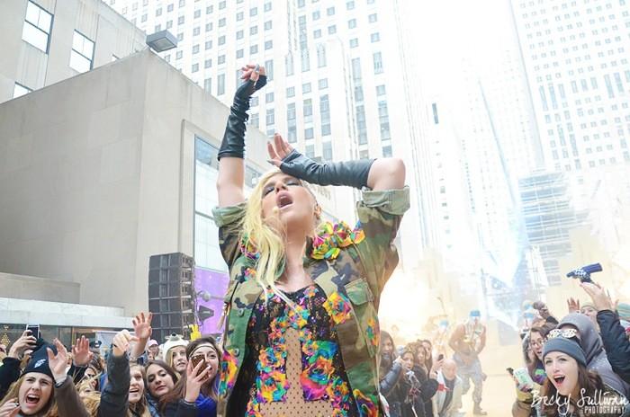 Kesha Plans To Re-open California Case Against Dr Luke