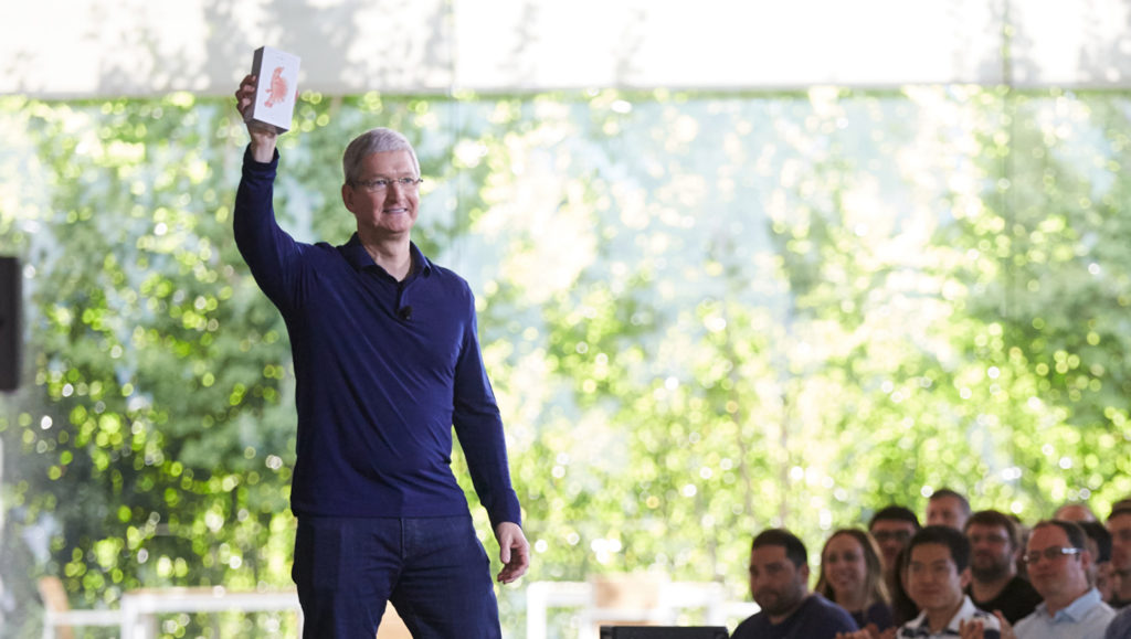 Tim Cook and the Billionth iPhone