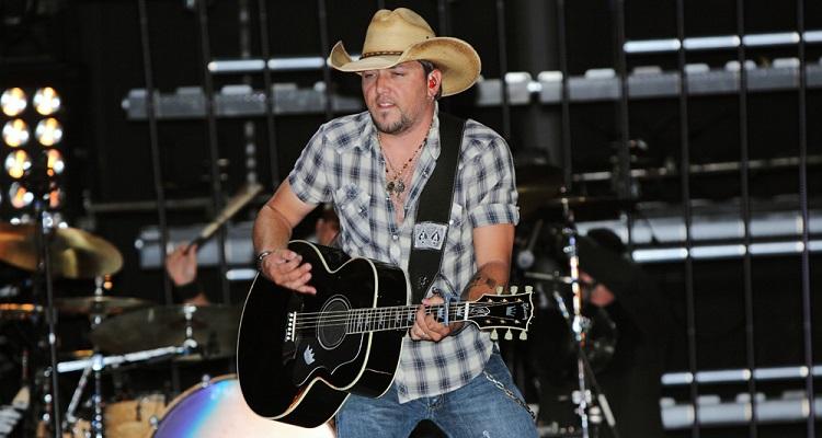 Jason Aldean at CMA Fest 2011