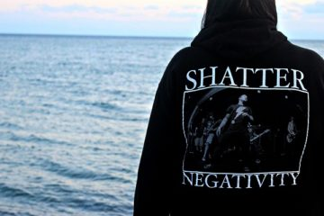Shatter Negativity image by Hailee G, licensed under Creative Commons Attribution 2.0 Generic (CC by 2.0)