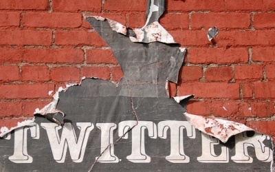 Twitter Posts Stronger-Than-Expected Q3, Fires 350 Employees