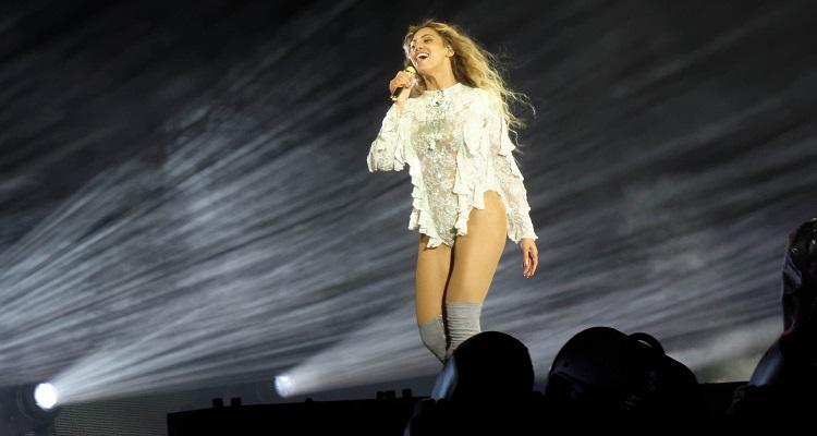 Slain YouTube Star's Estate Sues Beyonce For $20 Million