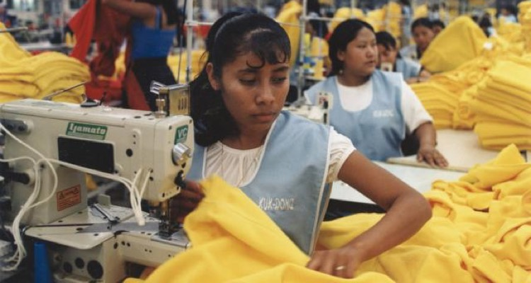 Beyonce's Clothing Line Is Paying Sweatshop Workers 54 Cents/Hour, Sources Say
