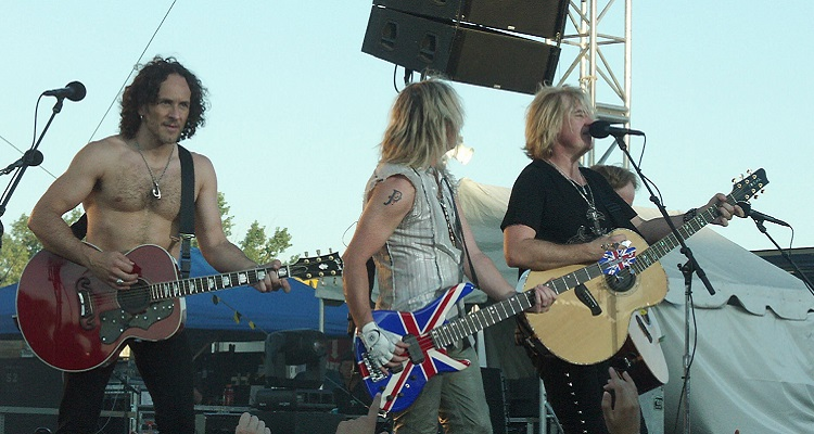 Def Leppard Says Piracy Is the Reason They Have So Many New Fans