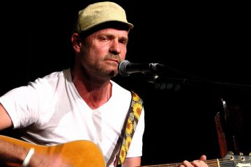 The Tragically Hip's Frontman Gord Downie Passes Away
