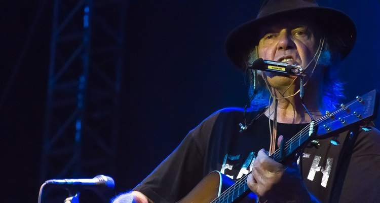 Neil Young Is Releasing His Entire Catalog for Free