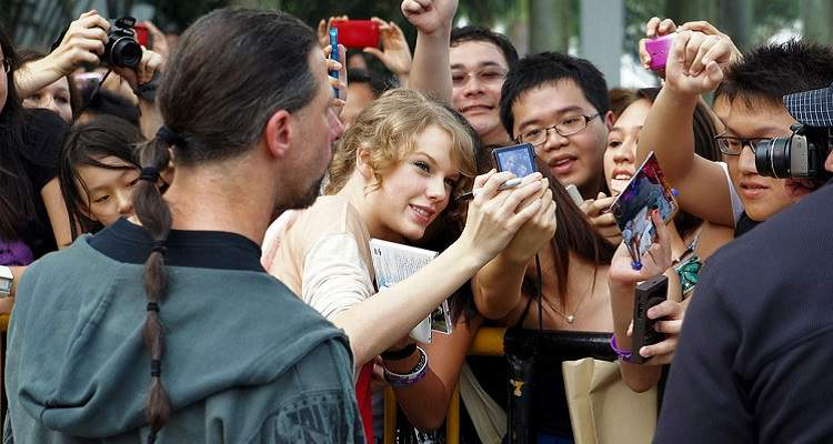 95 Of Taylor Swift S Verified Fans Just Got Shafted
