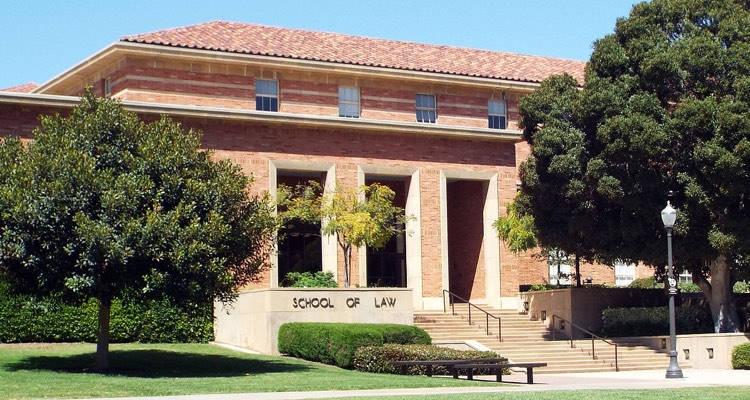 UCLA Law Music Industry Clinic Providing Free Legal Advice