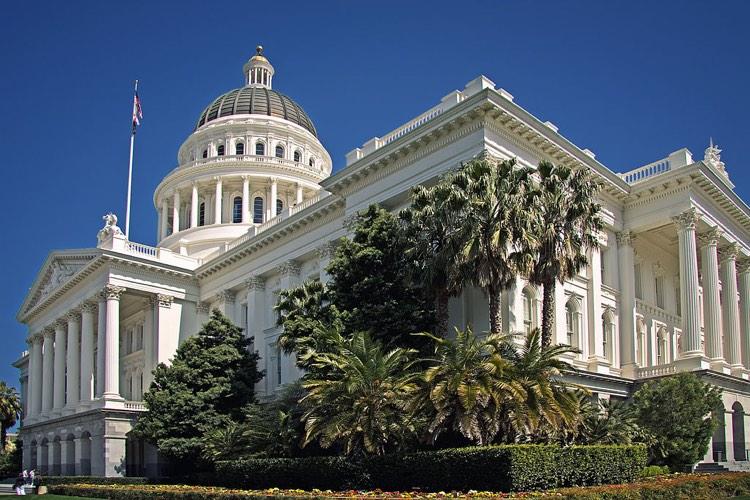 CA proposes a tough net neutrality law