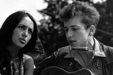 Latest Industry: Bob Dylan, Russell Simmons, Spotify, Deezer, Help Musicians UK, More...