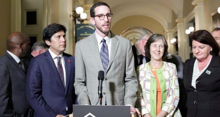 California Senator Scott Wiener, sponsor of the SB 822 net neutrality law.