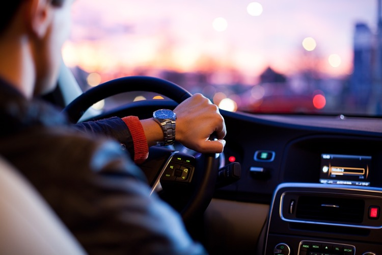 Uber drivers, on average, make more than professional musicians.