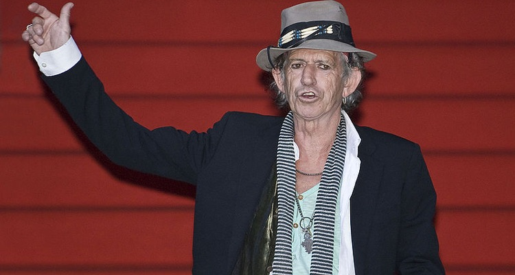 Keith Richards The Soloist Inks A Worldwide Deal With Bmg