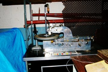 BPI Successfully Shuts Down Counterfeit Vinyl Records Ring