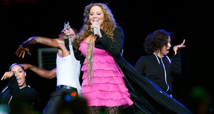 Mariah Carey Pushes Aside Women's Rights Groups and Performs in Saudi Arabia