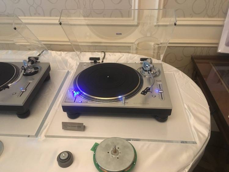 The Technics SL-1200 MK7 for DJs Is Coming In a Few Months
