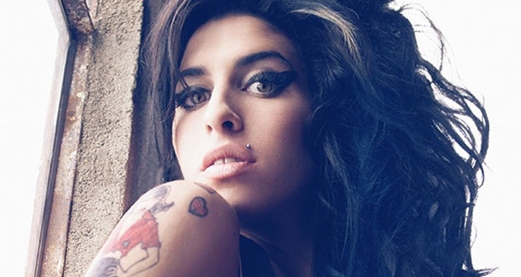 Amy Winehouse Hologram Tour On Hold Over 'challenges And Sensitivities'