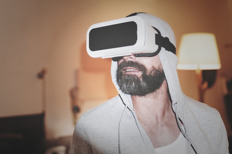 Live Concerts In Flux: A Quick Look at VR, In-Game, Hologram, and