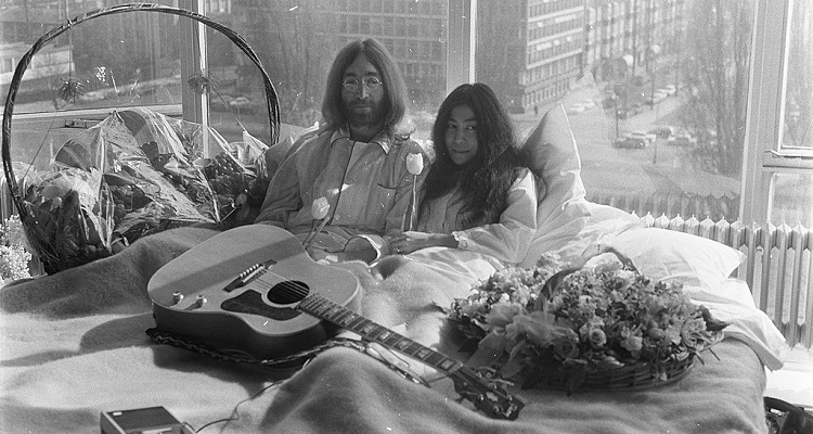 John Lennon's Photographer Sues Universal Music Group for Infringing