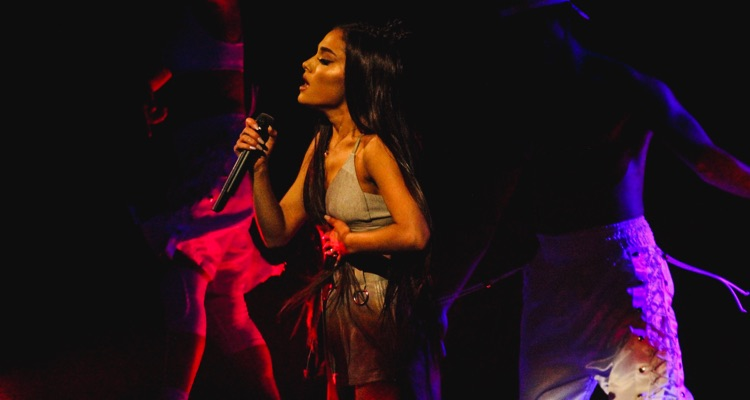 Ariana Grande Approaches Voter Registration Record on Current Tour