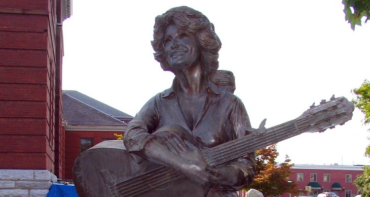 Politician Proposes Removing Racist Statue In Favor  Dolly Parton