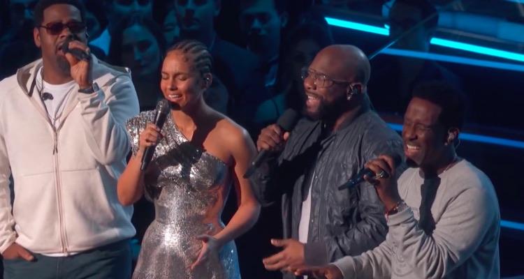 Alicia Keys and Boyz II Men sing a tribute to the late Kobe Bryant.