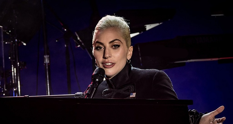 Lady Gaga pirates photos