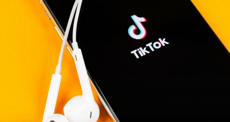 TikTok Bans Conspiracy Theories