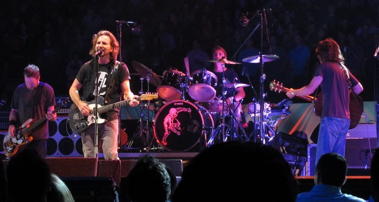 Pearl Jam Plays MSG, 2020 (photo: Tammy Lo, CC by 2.0)