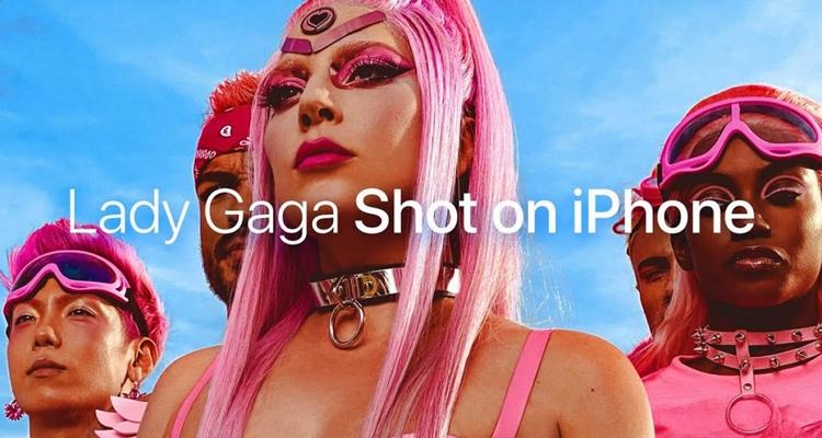 Lady Gaga iPhone 11 Pro