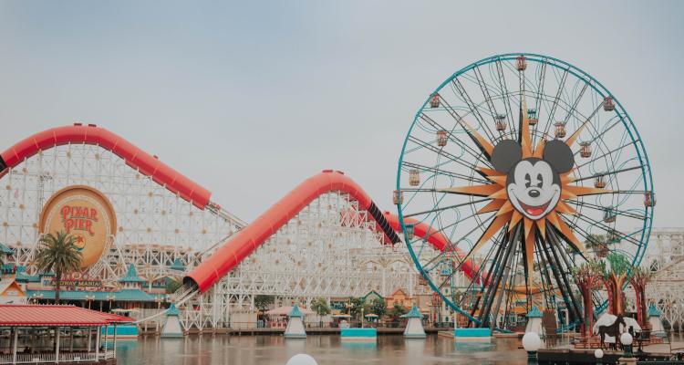 A Mickey Mouse-themed Disney ride. (photo: Daniela Araya)