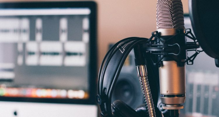Independent Podcasting