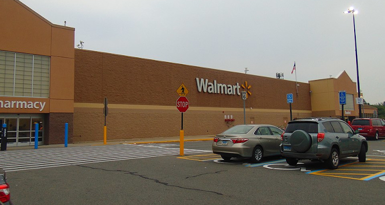 Walmart Is Converting 160 Parking Lots Into Drive In Movie Theaters