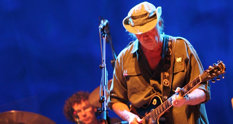 Neil Young Facebook