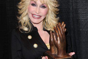 Dolly Parton Covid