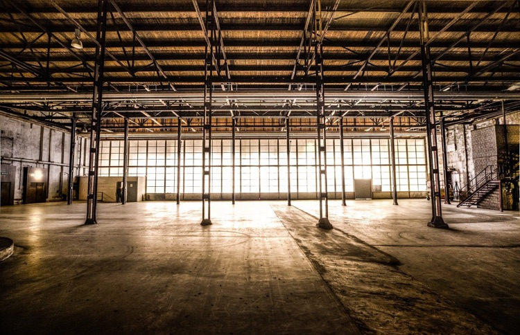 An open warehouse facilitated the French rave on New Year's Eve.