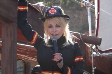 Dolly Parton medal