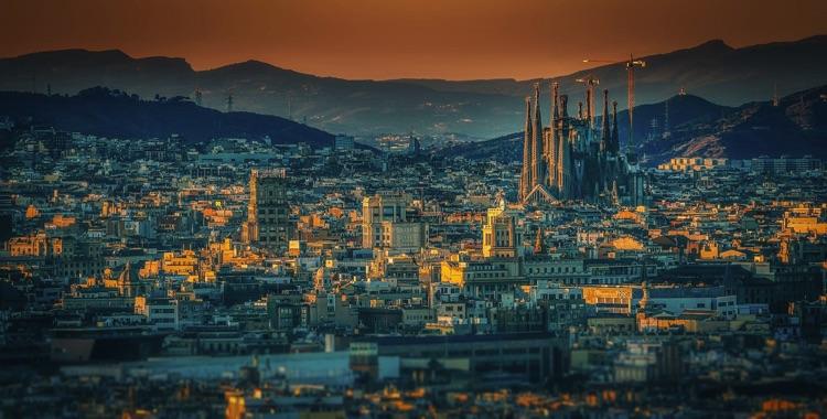 Base d'accueil SonoSuite Barcelone, Espagne (photo: walkerssk)