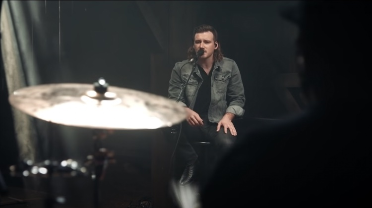 Morgan Wallen sings in the video for 'Somebody's Problem'
