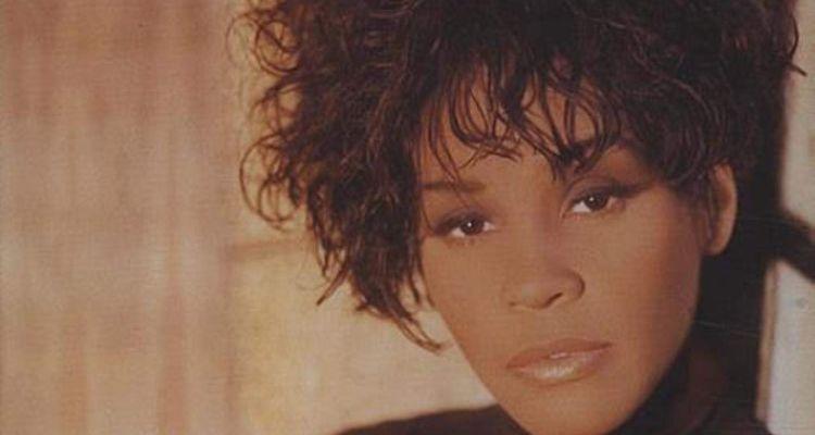 Dolly Parton honors Whitney Houston